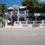 The front of La Te Da on Duval St.