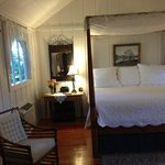 The four-poster bed in Caretaker's Suite