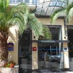 Entrada - Frente Hotel