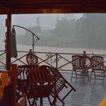 regenbui vanuit restaurant