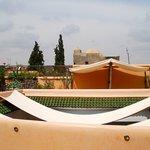 Un peu d'ombre sur la terrasse