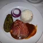 Tuna steak w adobo