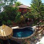 Pool & courtyard
