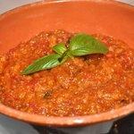 Pappa al pmodoro (bread, tomato and basil soup)