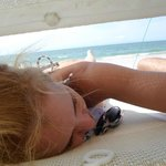 Pronta para receber uma massagem de uma tica massagista de praia. Em El Yaque - Isla Margarita!
