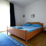 Apartment (room)