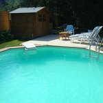 Enjoy our Sunbay heated sunk-in swimming pool ( 7m x 5 m)