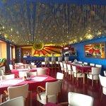 Restaurant.  Rather, er, bright.......