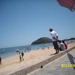 vista spiaggia ambatoloka dal ristorante