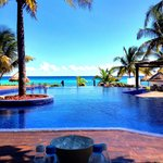 Amazing view poolside