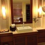 Mandarin Villa - Washroom - Sink