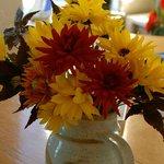 Flowers in the breakfast area