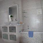 Bath, Dolphin RM.
