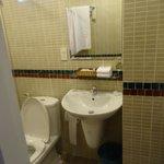 Bathroom Room 001