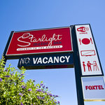 Starlight Motor Inn