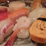 Sushi assorted 8 Kinds (Economy)