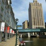 Downtown Milwaukee ca. 15 Min zu Fuß vom Ramada