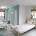 5 beds mixed dorm