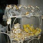 Il simpatico e originale carrettino con le bomboniere