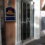 ホテルの入口