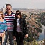 Irina, ich und meine Frau (von rechts)