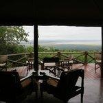 Vue de la terrasse sur le lac Manyara