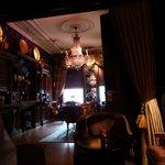 The breakfast room/bar