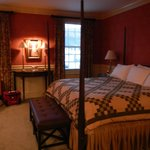 The luxury family suite king bedroom