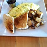 Omelet with wonderful potatos