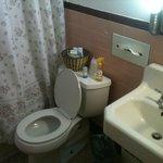 Banheiro, precisando de reforma