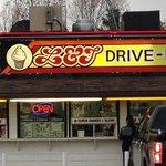L&Js Drive Inn