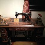 Shikumen Museum - Dated sewing machine
