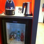 mini bar et cafetiere