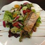 Salade du bistrot et croustillant de gésier de volaille