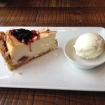 Cheesecake with ice-cream