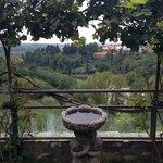 vista dalla terrazza dove c'è la piscina