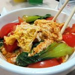 Noodles w/eggs and tomato