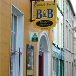 Photo de Cashel Town Bed and Breakfast