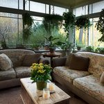 sunroom ( closed mid winter but open in Oct)