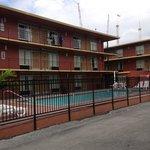 Peça um apartamento próximo à piscina
