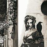 Graffito  visibile dalla strada