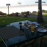lekker ontbijten met een super uitzicht