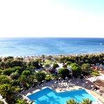 Photo de Pegasos Deluxe Beach Hotel