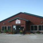 Loken's Sawmill Inn & Suites Foto