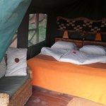 de superluxe tent met heerlijk bed