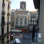 Vista della Rambla dalla camera dell'hotel