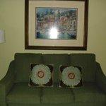 Living room (B Unit)