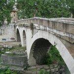 Crossing onto Tiber Island