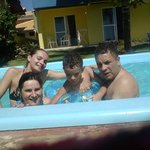 Banho de Piscina em família...