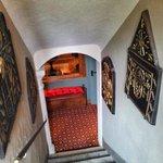 Escaliers qui mènent aux chambres
